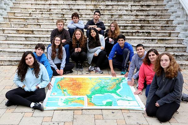שגרירים צעירים